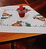 Kamaca Stickpackung Rentier hilft beim SCHMÜCKEN Kreuzstich vorgezeichnet Baumwolle komplettes Stickset mit Stickvorlage Weihnachten (Mitteldecke 80x80 cm)